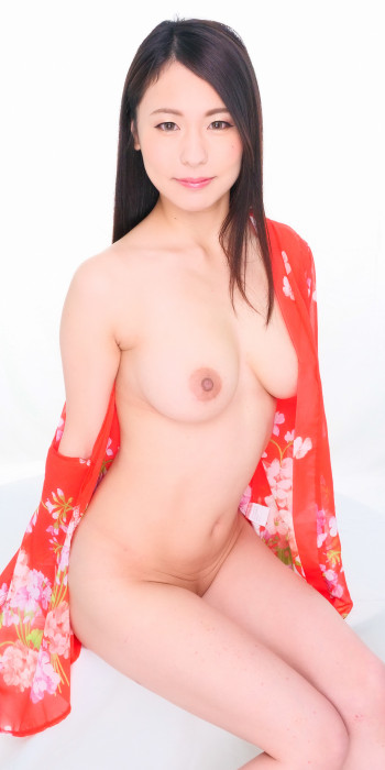 Photo of Kaede Azuma