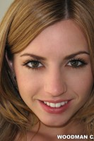 photoset of LEXI BELLE.