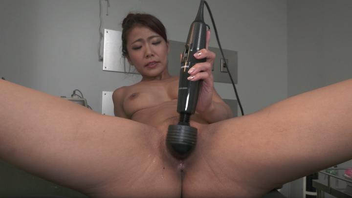 Nami Amami:Nurse-Solo Orgasm