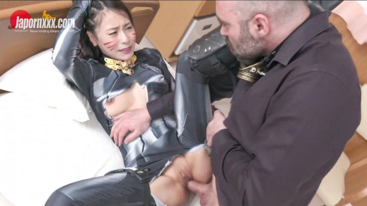 Kaede Azuma : Sex Cyborg-Interracial Creampie!