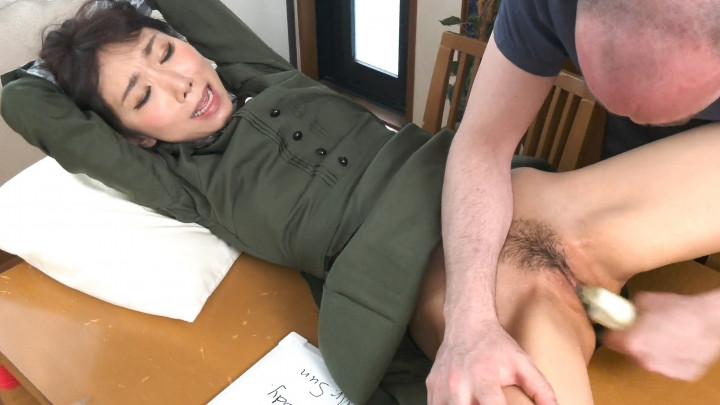 Iroha Hoshi : Restrained Maid Squirting Orgasms!
